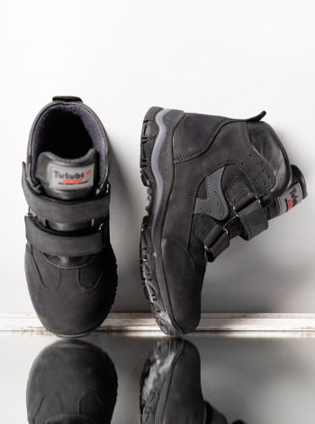 Ботинки из нубука на мальчика