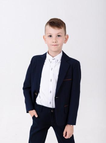 Рубашка белого цвета на мальчика
