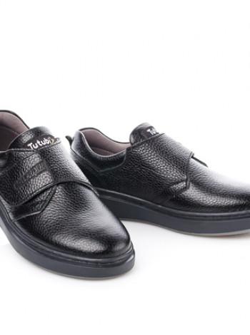 Шкільні туфлі на ліпучці