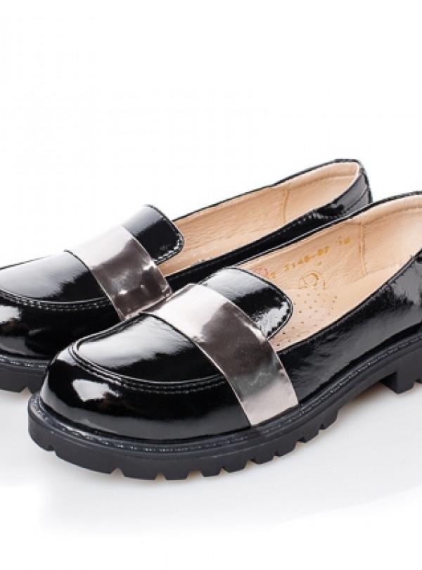 Туфли лаковая кожа   749