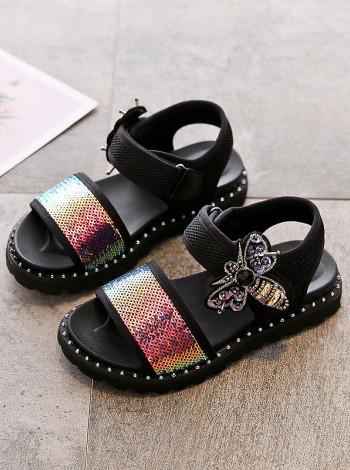 Стильные сандалии для девочки