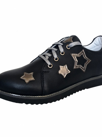 Шкіряні туфлі з дизайном